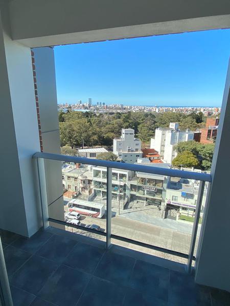 Foto Departamento en Alquiler en  Parque Batlle ,  Montevideo  Un dormitorio en alquiler Parque Batlle
