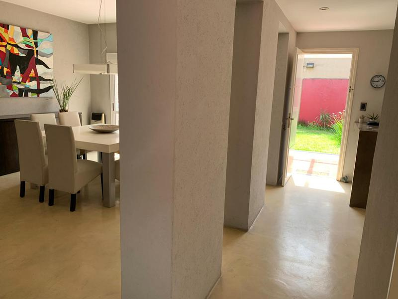 Foto Casa en Venta en  Temperley Oeste,  Temperley  Pichincha 391, Temperley
