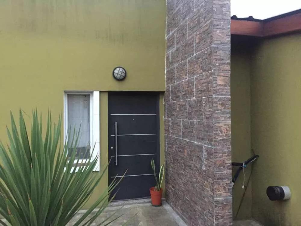 Foto Casa en Alquiler en  Ezeiza ,  G.B.A. Zona Sur  Jorge Newbery 1310