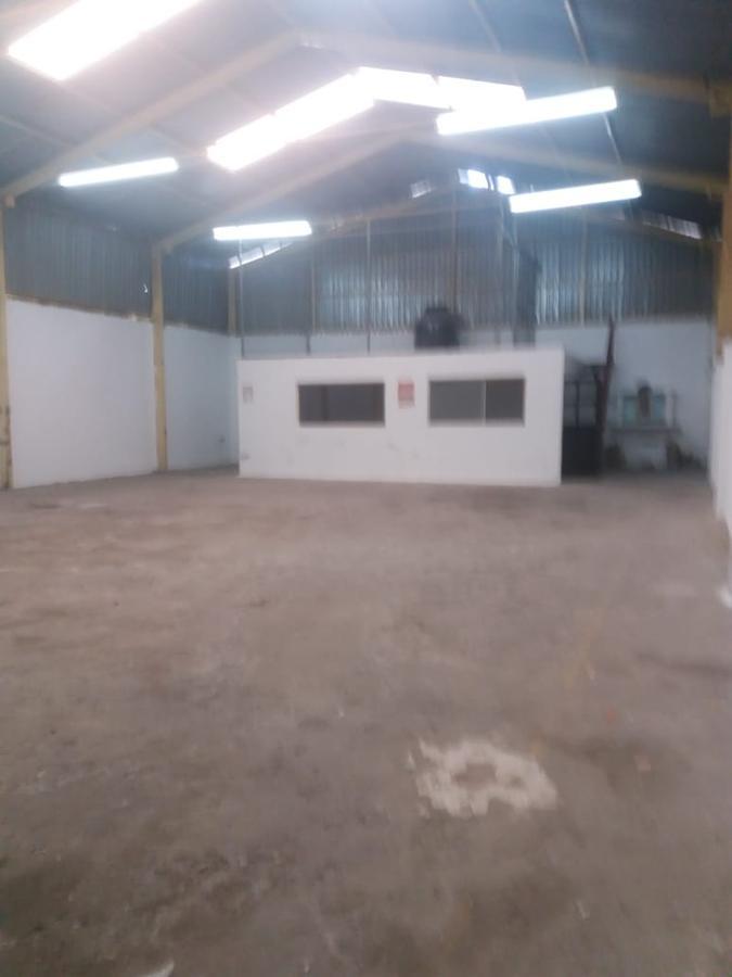 Foto Bodega Industrial en Venta en  San Luis Potosí ,  San luis Potosí  BODEGA EN VENTA A 1 CUADRA DE SALVADOR NAVA, COL. HUERTAS DE LAS LUMBRERAS, SAN LUIS POTOSI