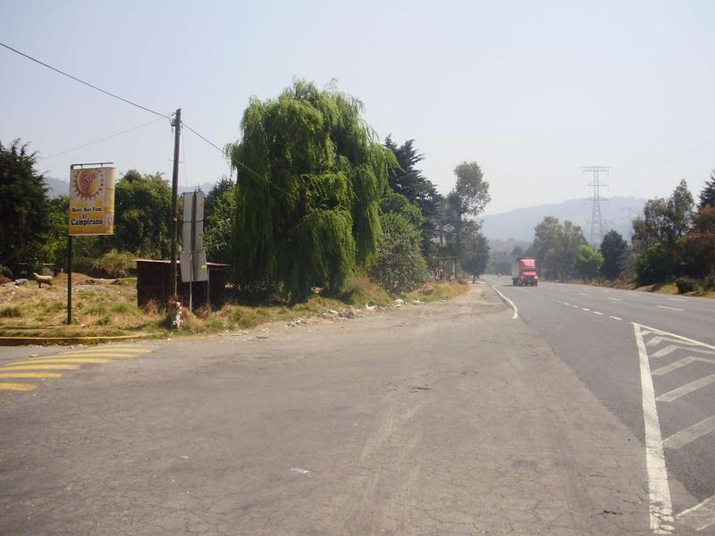 Foto Terreno en Renta en  Coapanoaya,  Ocoyoacac  Carretera México-Toluca. Excelente Terreno  Comercial en Renta