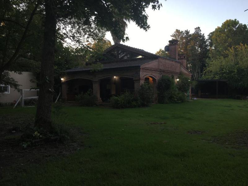 Foto Casa en Alquiler en  Green Hills,  Ingeniero Maschwitz  Juana Azurduy, entre Victor Casteran y Aconquija .