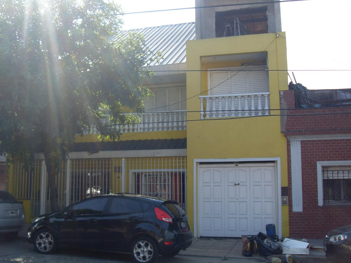 Foto Casa en Venta en  Villa Lugano ,  Capital Federal  Zelarrayan  6.031 - entre T. Gordillo y L. de la Torre