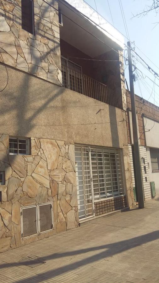Foto Casa en Venta en  Matheu,  Rosario  Boulevard Seguí 1853