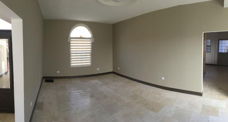 Foto Casa en Venta en  Fraccionamiento Rinconadas del Valle,  Chihuahua  Residencia un solo nivel