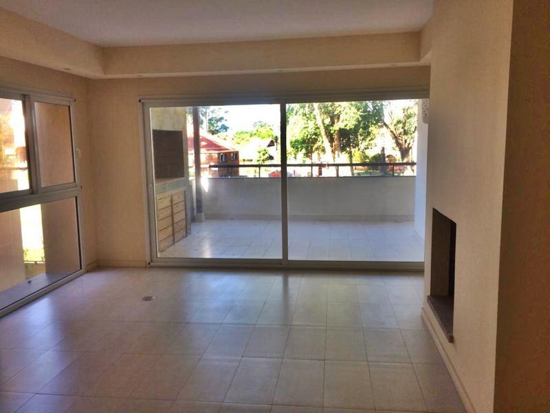 Foto Departamento en Alquiler en  Carrasco ,  Montevideo  Carrasco apartamento venta, altísima calidad