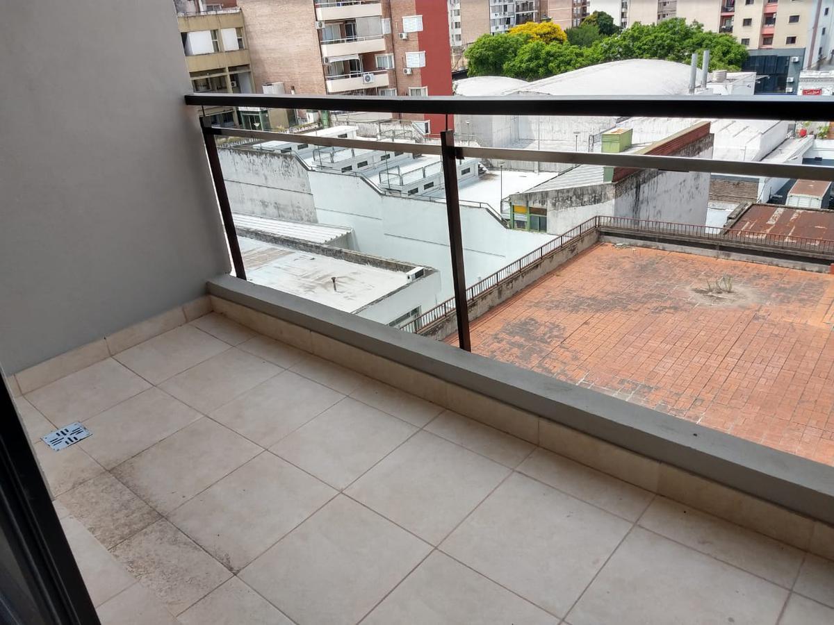 Foto Departamento en Venta en  Microcentro,  Rosario  3 de Febrero al 700