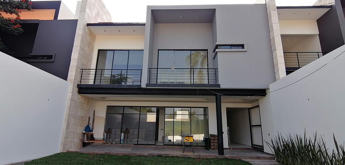 Foto Casa en Venta en  Delicias,  Cuernavaca  Venta Casa Nueva Col. Delicias con Vigilancia