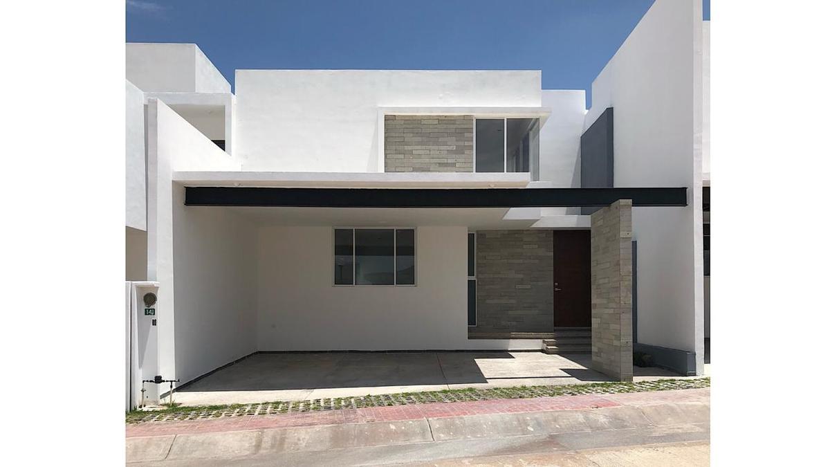 Foto Casa en Venta en  San Luis Potosí ,  San luis Potosí  CASA EN VENTA EN LA VISTA RESIDENCIAL, SAN LUIS POTOSI