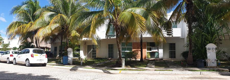 Foto Casa en Venta en  Solidaridad,  Playa del Carmen  Playa del Sol