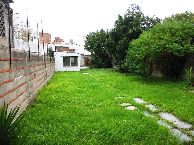 Foto Terreno en Venta en  Pocitos ,  Montevideo  URTUBEY, AGUSTIN DE 1300