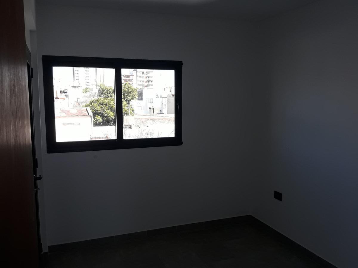 Foto Departamento en Alquiler en  Constituyentes,  Santa Fe  A estrenar, semipiso al frente un dormitorio a dos cuadras de la plaza Constituyentes