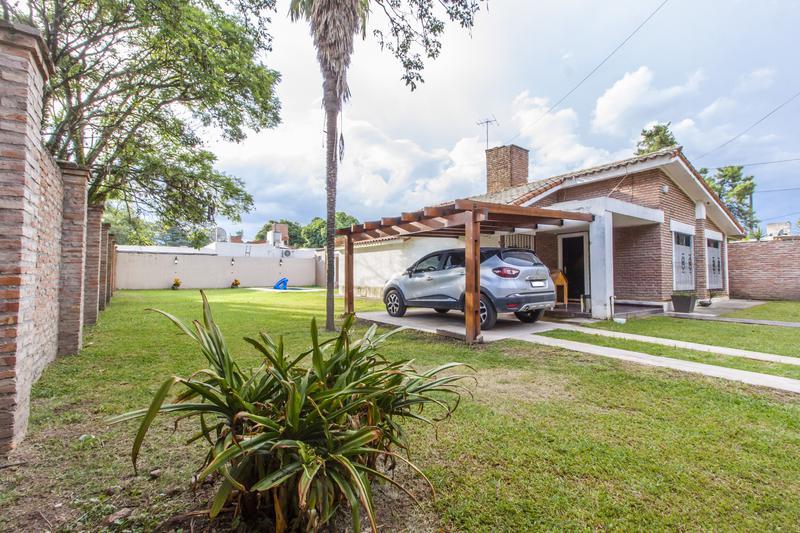 Foto Casa en Venta en  Yerba Buena ,  Tucumán  Clotilde Doñate 800