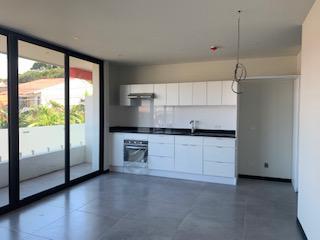 Foto Departamento en Venta en  Mata Redonda,  San José  Apartamento en Rohrmoser / Modeno / Amplio / Incluye plantilla y extractor