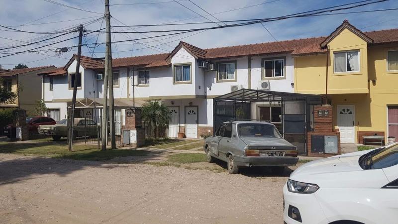 Foto Casa en Venta en  Los Polvorines,  Malvinas Argentinas  Pte Arturo Illia 37500