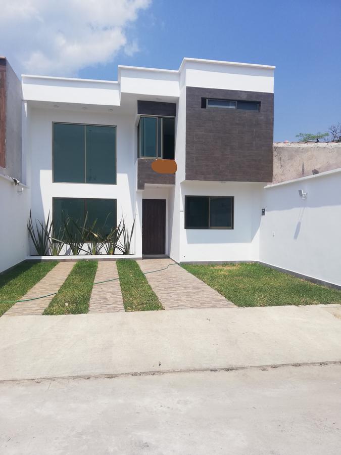 Foto Casa en Venta en  La Trinidad,  Coatepec  Casa nueva en venta en Coatepec Veracruz Fraccionamiento  La Trinidad