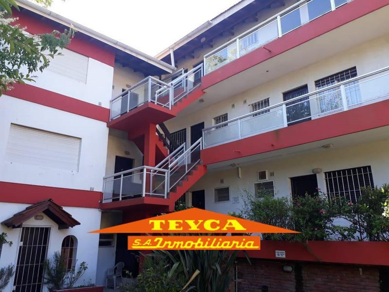 Foto Departamento en Venta en  Duplex,  Pinamar  Centauro 300 E/ Mejillon y Cazon