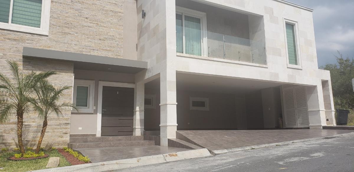 Foto Casa en Renta en  El Refugio,  Monterrey  El Refugio