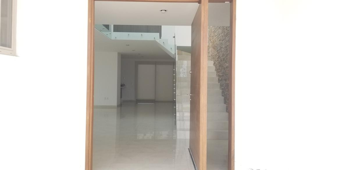Foto Casa en Venta | Renta en  Juriquilla,  Querétaro         Lomas de Juriquilla 100