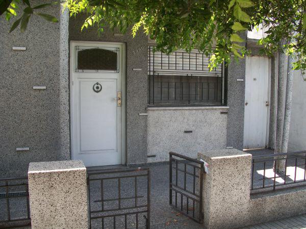 Foto Casa en Venta en  Wilde,  Avellaneda  PAYSANDU ESQ. ARREDONDO