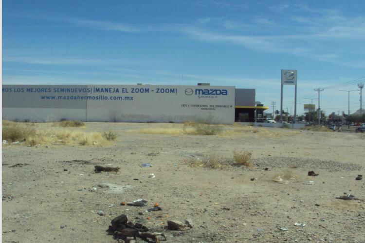 Foto Terreno en Venta en  Residencial Santa Fe,  Hermosillo  TERRENO EN VENTA BLVD. COLOSIO ENSEGUIDA DE MAZDA RESIDENCIAL SANTA FE