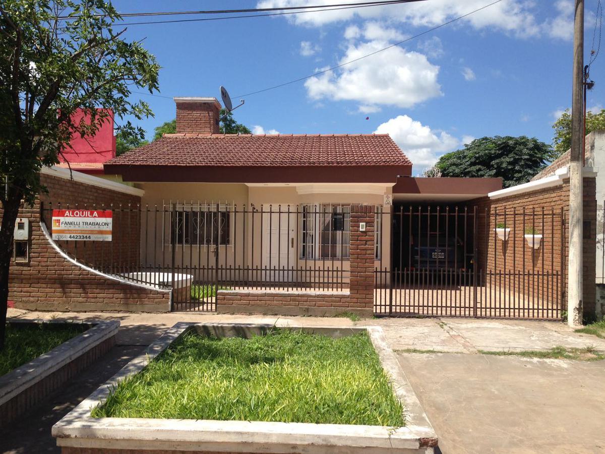 Foto Casa en Venta en  Presidencia Roque Saenz Peña,  Comandante Fernandez  Posadas al 100