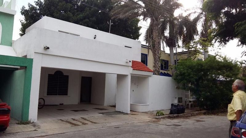 Foto Casa en Renta en  Fraccionamiento Jardines de Vista Alegre,  Mérida  calle 6 E