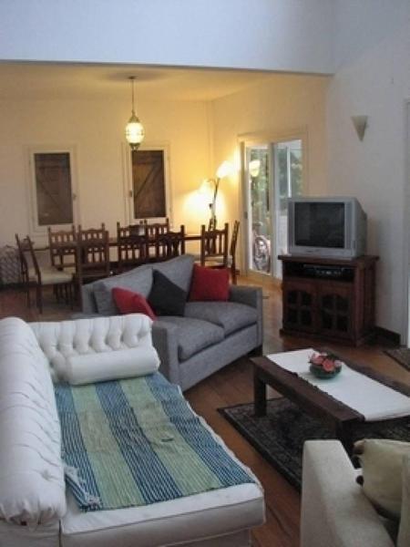 Foto Casa en  en  Villanueva,  Countries/B.Cerrado  Casa al Río 4 Dormitorios San Isidro Labrador Italia al 5000