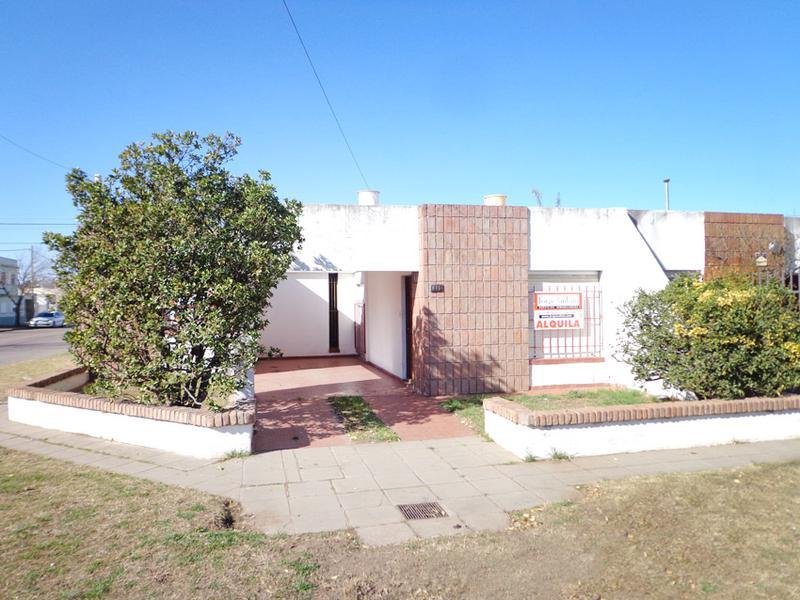 Foto Casa en Alquiler en  General Pico,  Maraco  9 esq. 116