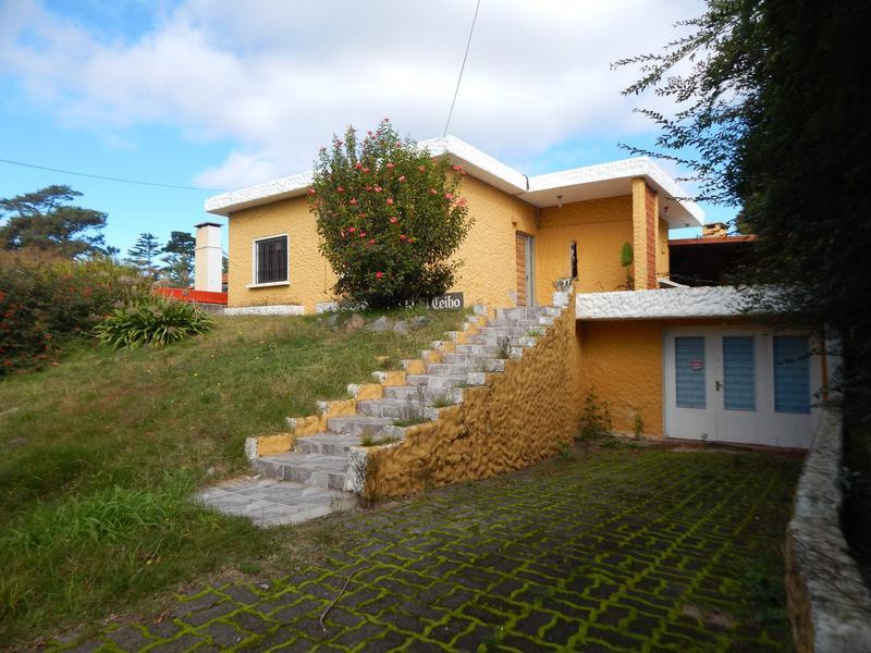 Foto Casa en Venta en  Playa Mansa,  Punta del Este   Playa Mansa Cerca del Mar