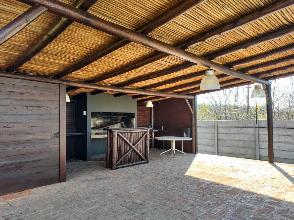 Foto Casa en Venta en  La cañada de Pilar,  Countries/B.Cerrado (Pilar)  Barrio Los Arces – La Cañada de Pilar