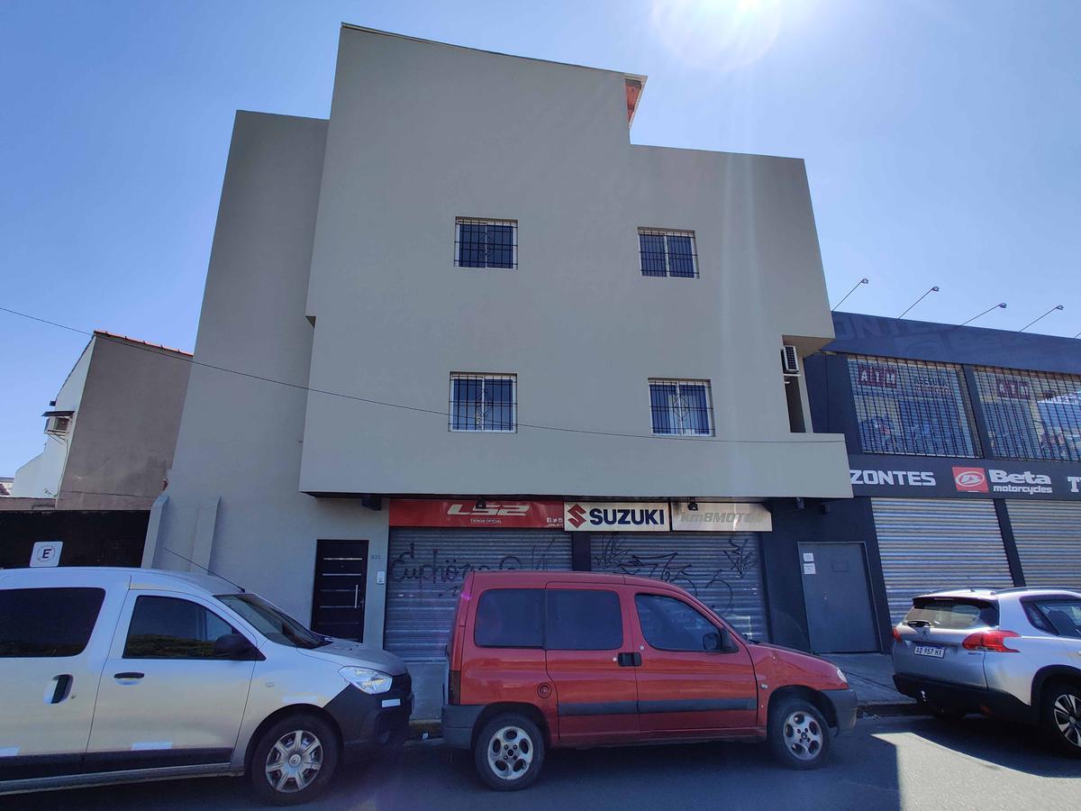 Foto Departamento en Alquiler en  Villa Lynch,  General San Martin  Viacava 831