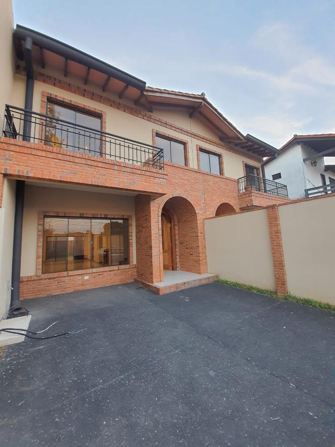Foto Casa en Venta en  Villa Aurelia,  La Recoleta  Vendo duplex  3 dormit.a estrenar en Villa Aurelia