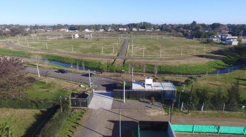 Foto Terreno en Venta en  City Bell,  La Plata  477 y 132. Roble del Bell N° 107