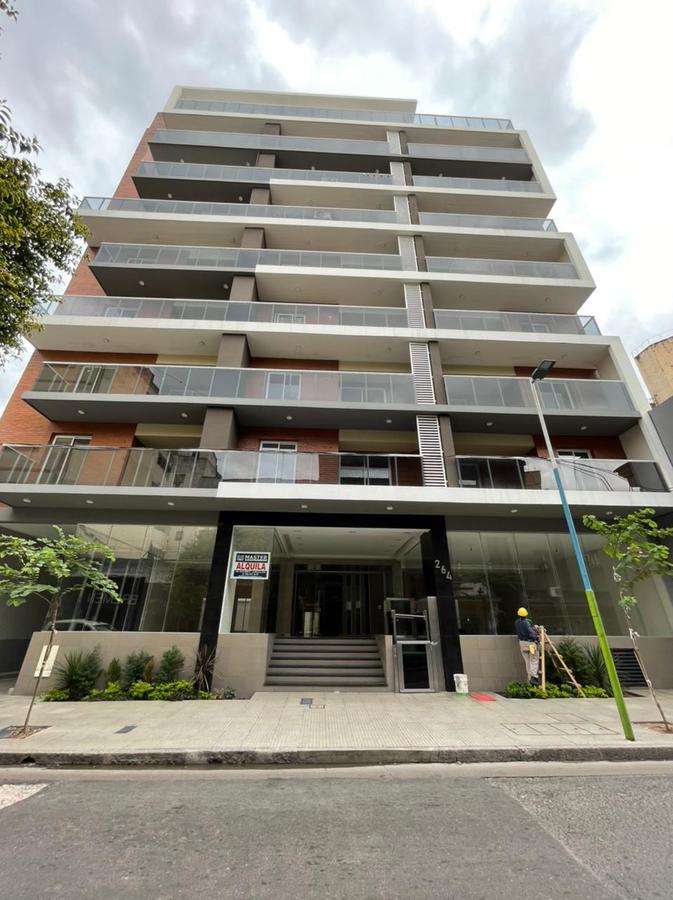 Foto Departamento en Alquiler en  Barrio Norte,  San Miguel De Tucumán  Departamento calle Laprida al 200