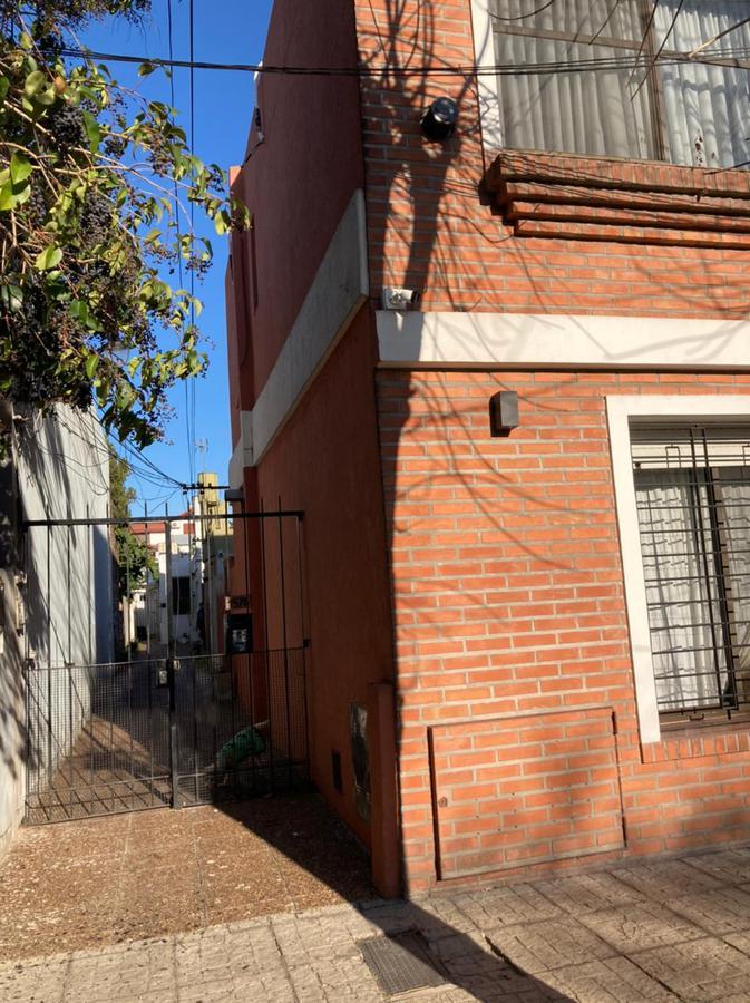 Foto PH en Venta en  Quilmes Oeste,  Quilmes  San Mauro Castelverde al 1500