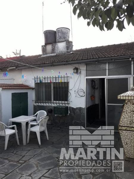 Foto Casa en Venta en  Mart.-Fleming/Panam.,  Martinez  CORRIENTES al 2100