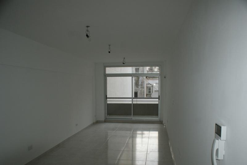Foto Departamento en Alquiler en  Monserrat,  Centro (Capital Federal)  Estados Unidos al 1200