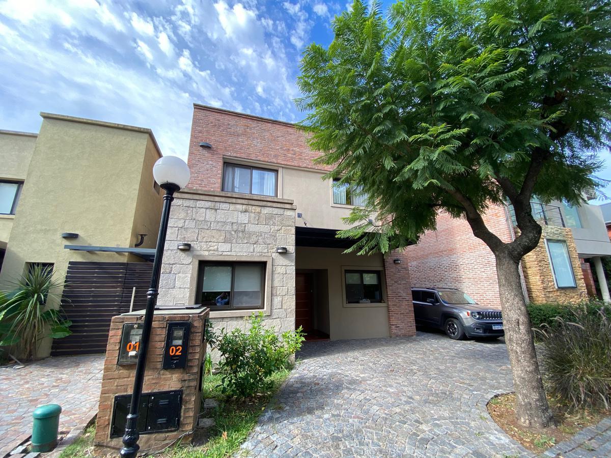 Foto Casa en Venta en  Countries/B.Cerrado (San Miguel),  San Miguel  AV. GASPAR CAMPOS 2998, UF 2