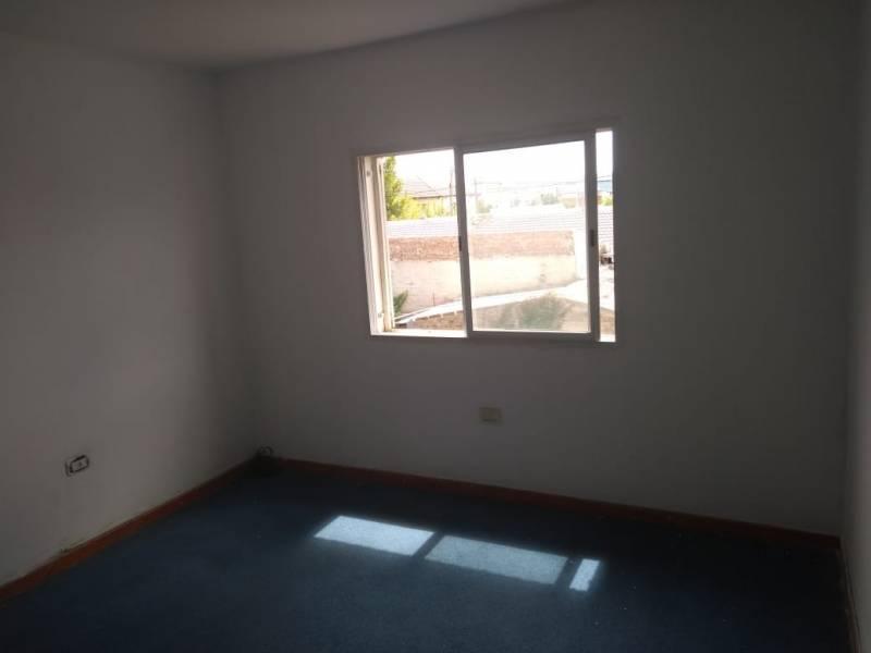 Foto Casa en Venta en  Confluencia ,  Neuquen  MARIE CURIÉ al 2400. Casa en Venta