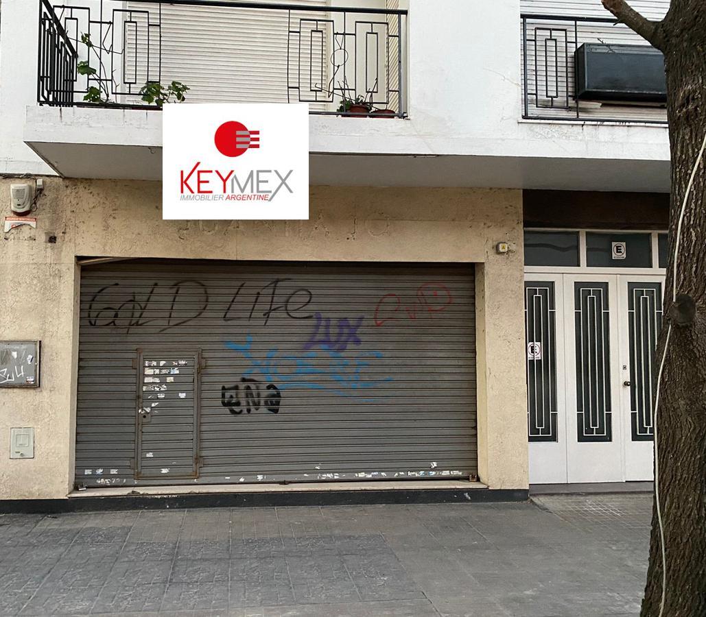 Foto Local en Alquiler en  La Plata,  La Plata  calle 9 entre 46 y 47