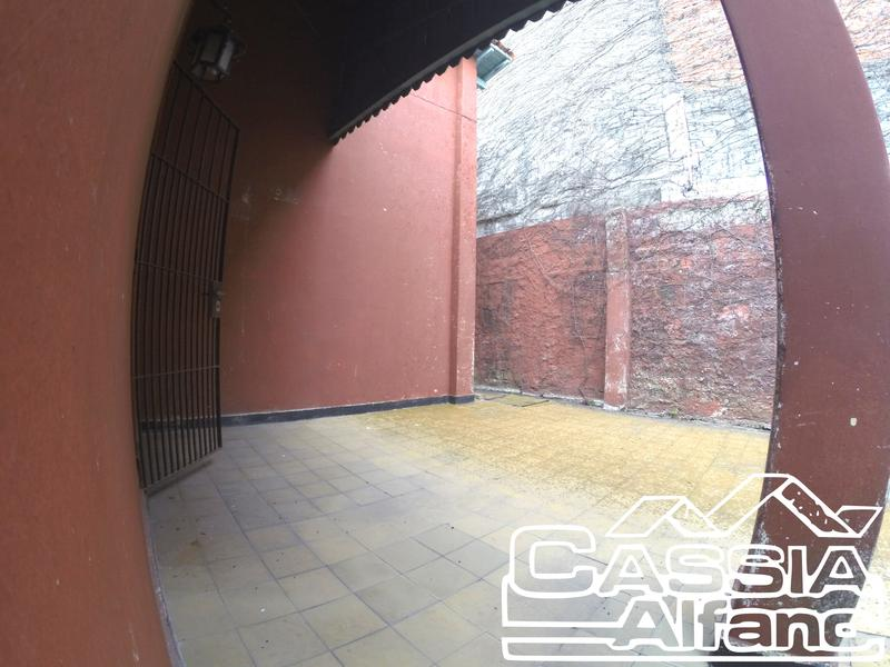 Foto Casa en Venta en  V.Talleres,  Remedios De Escalada  QUIRNO COSTA 1337