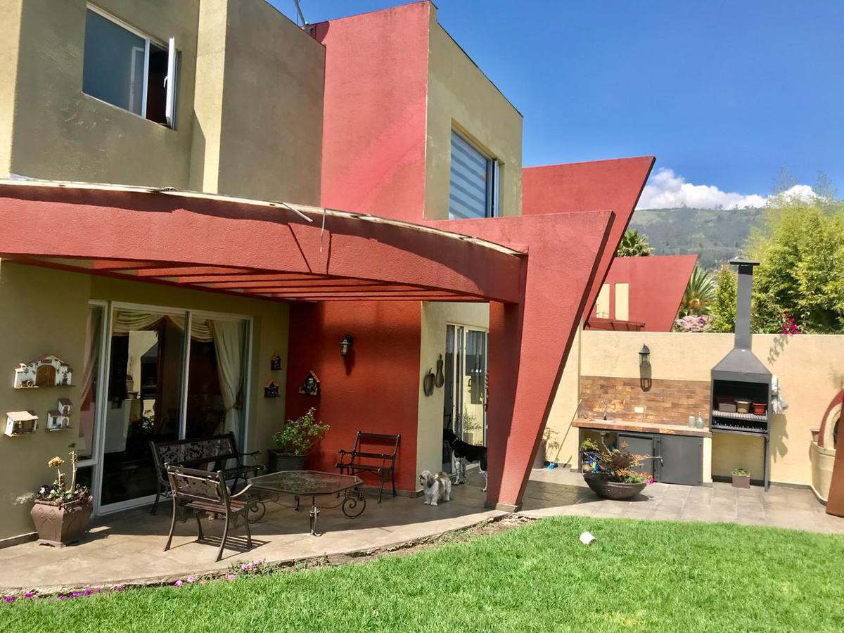 Foto Casa en Venta en  Cumbayá,  Quito  Sector Lumbisi, Cumbaya
