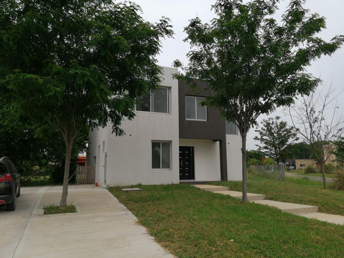 Foto Casa en Venta en  San Matias,  Countries/B.Cerrado (Escobar)  AV DE LOS LAGOS Nº 100