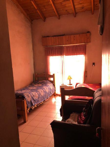 Foto Casa en Venta en  Ezeiza ,  G.B.A. Zona Sur  Dean Funes 641