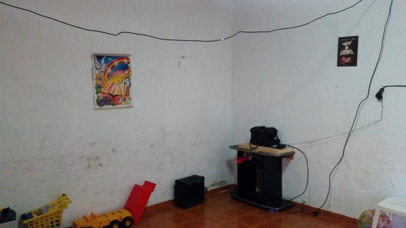 Foto Casa en Venta en  Moron ,  G.B.A. Zona Oeste  Paso al 300