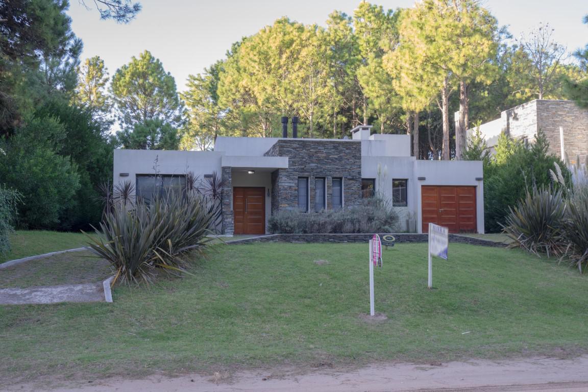 Foto Casa en Venta en  Norte Playa,  Pinamar  Selene 666