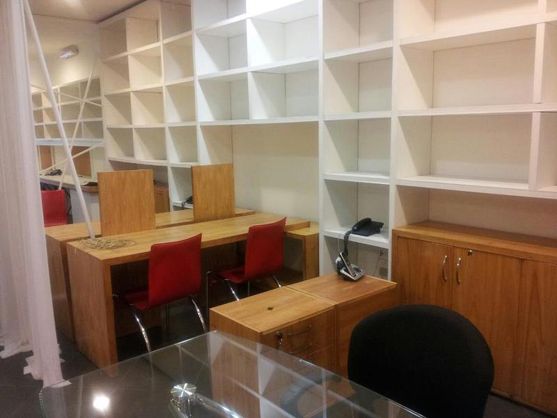 Foto Oficina en Alquiler en  Santa Rosa,  Santisima Trinidad  Sobre Avda. España, zona Club  Centenario