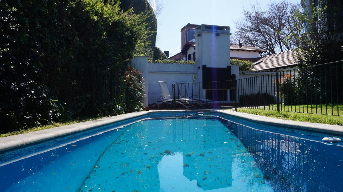 Foto Casa en Venta en  San Isidro ,  G.B.A. Zona Norte  Barbosa al 1500