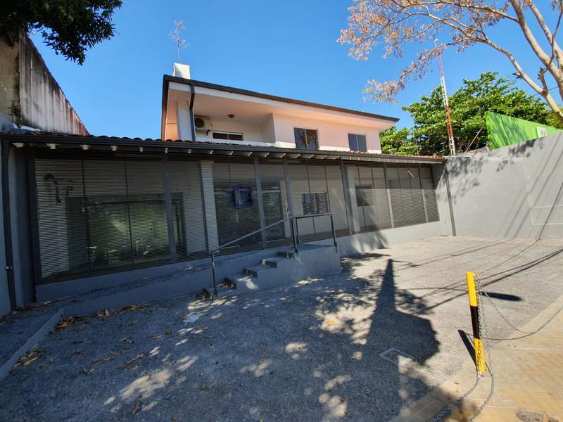 Foto Local en Alquiler en  Villa Morra,  La Recoleta  Villa Morra